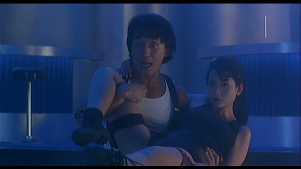 NIKI LARSON (城市獵人) de Wong Jing (1993)