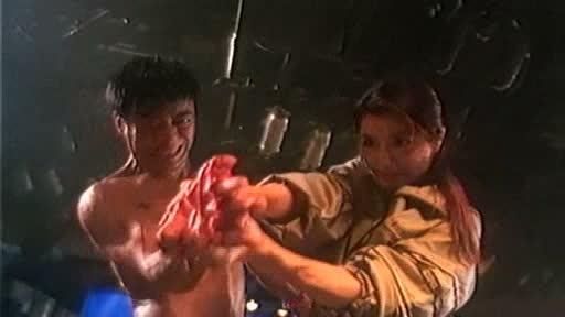 THE BOXING KING (力王之黑色擂台) de Yu Kei et Lee Bing-Gwong (2002)