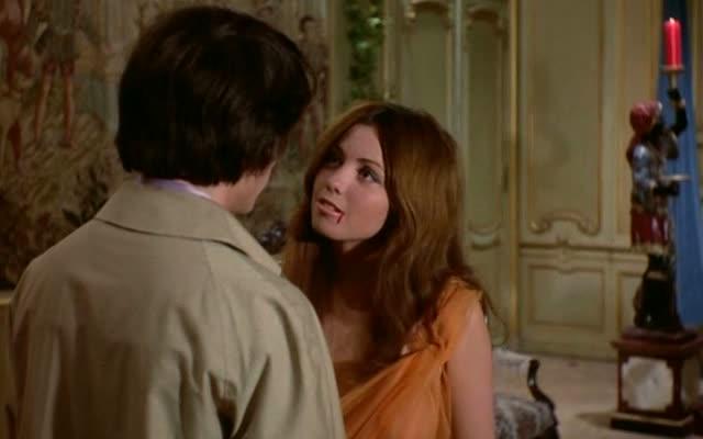LA VAMPIRE NUE de Jean Rollin (1970)