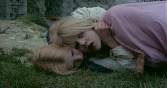 LÈVRES DE SANG de Jean Rollin (1975)