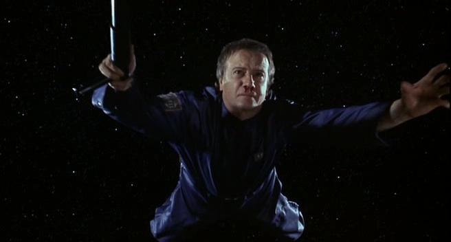 FORTRESS 2 : RÉINCARCÉRATION (Fortress 2: Re-Entry) de Geoff Murphy (2000)