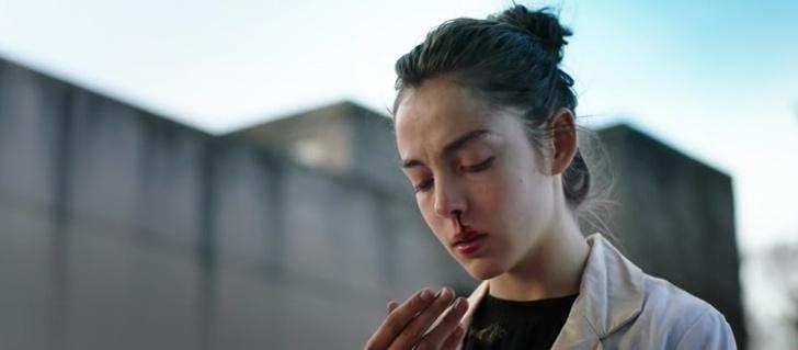 GRAVE de Julia Ducournau (2016)