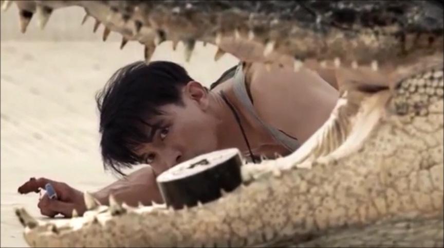 THE POOL (นรก 6 เมตร) de Ping Lumpraploeng (2018)
